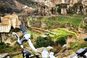 Pedaleando Cuenca en bicicleta eléctrica