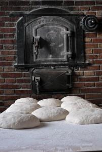 Masas de pan preparadas para entrar